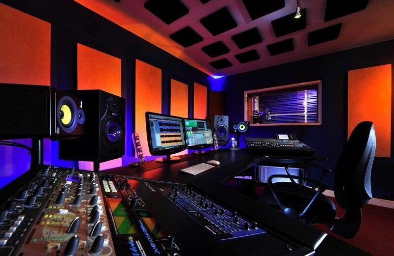 Music Production Gear Studio