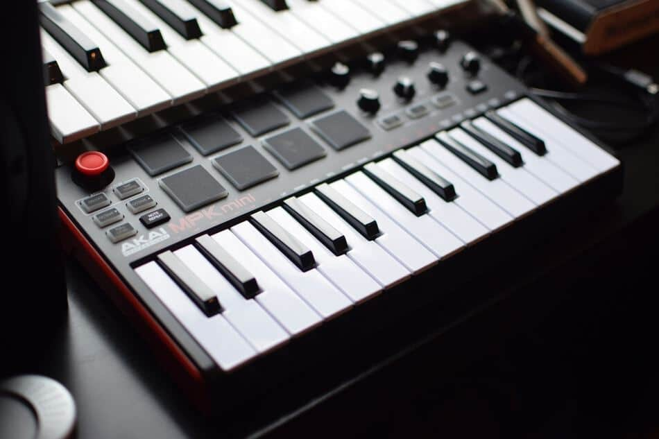 what is a midi